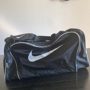 Nike large gym bag